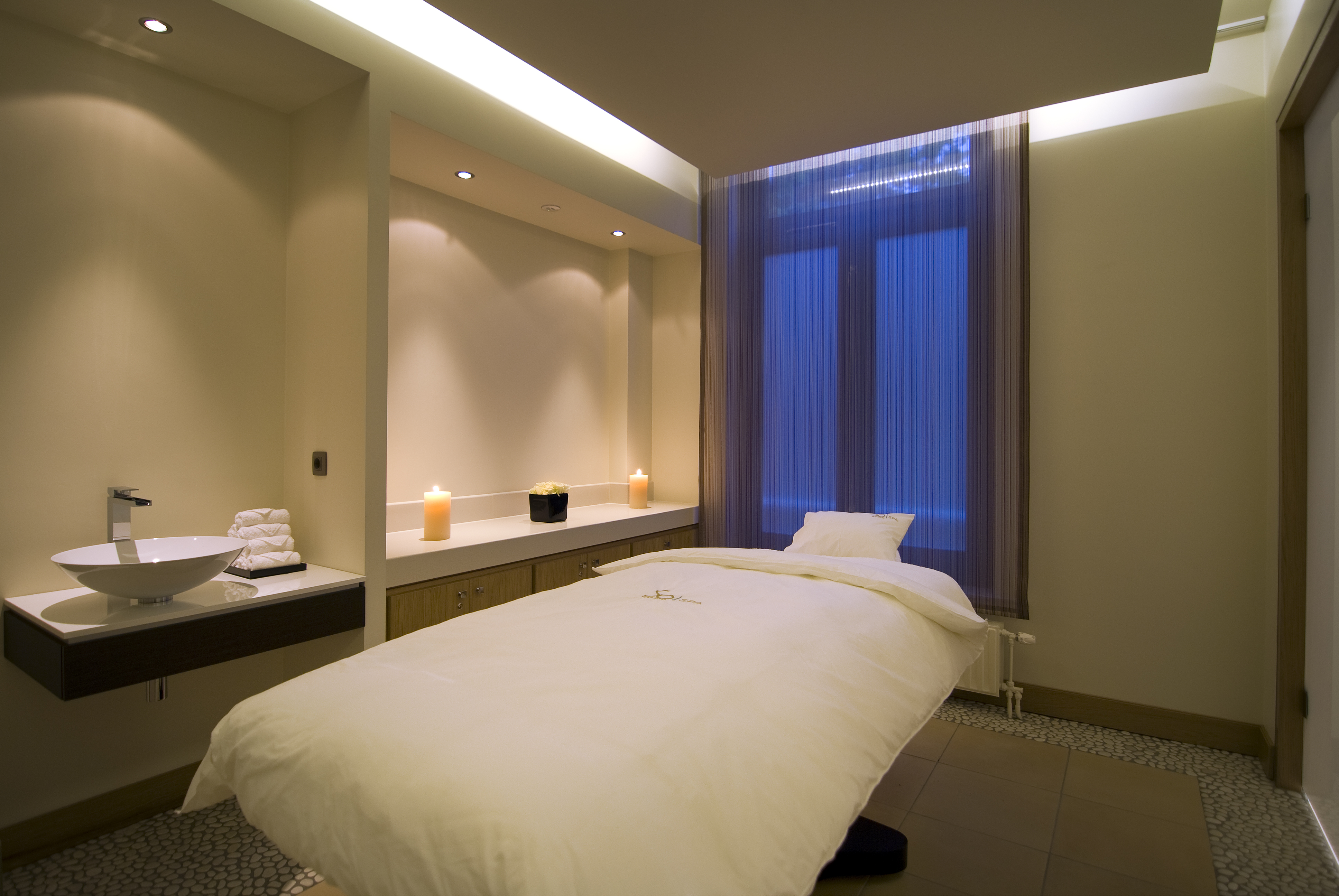 23d. So SPA duo treatment rooms