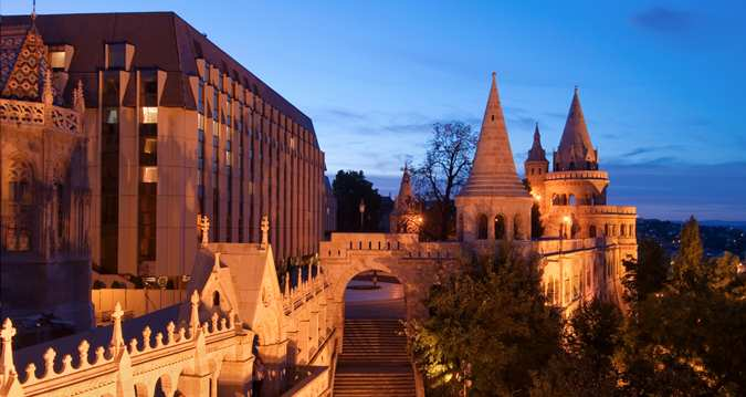 Hilton Budapest with the Fisherman's Bastion in the foreground.